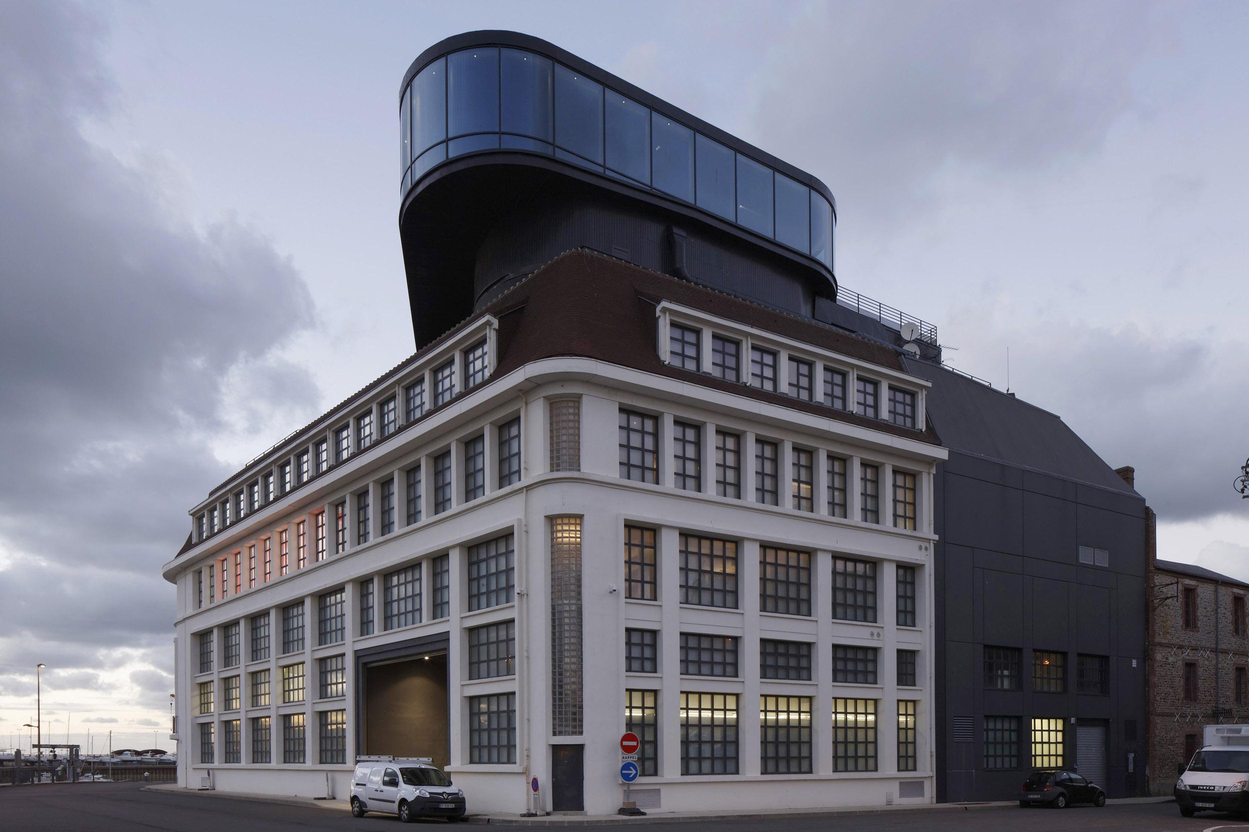 BASALT ARCHITECTURE   MUSEE DES PECHERIES FECAMP   Daniel MOULINET