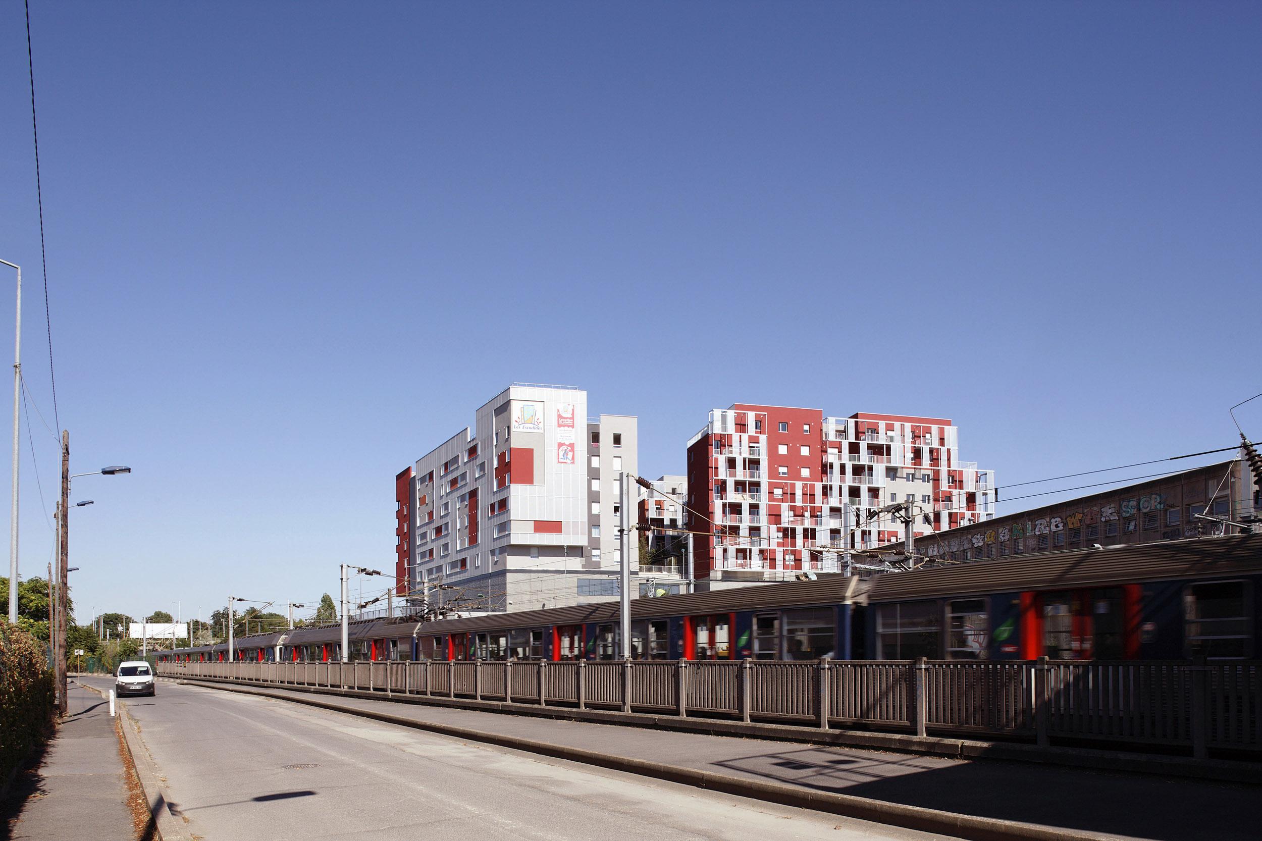 VIGUIER ARCHITECTURE | LOGEMENTS NANTERRE | Daniel MOULINET