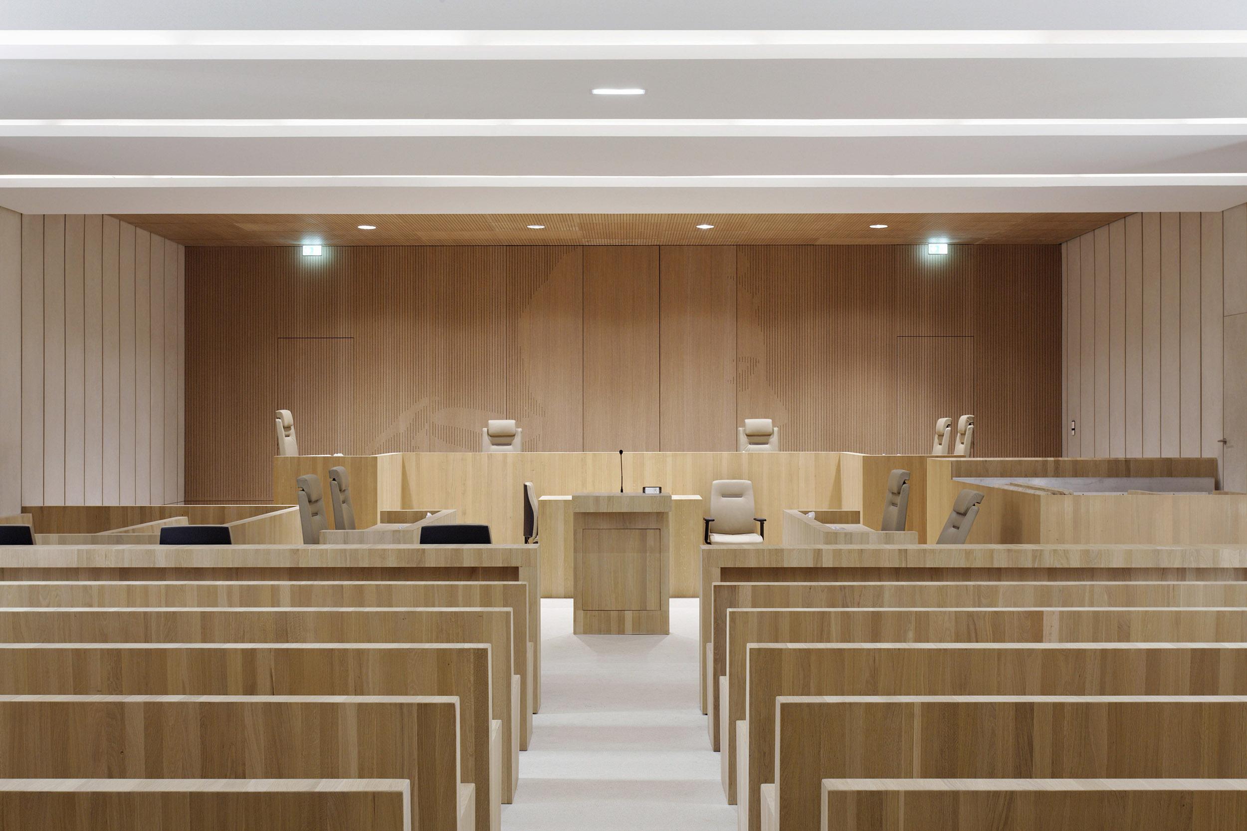 ATELIERS 2/3/4   PALAIS DE JUSTICE BEZIERS   Daniel MOULINET