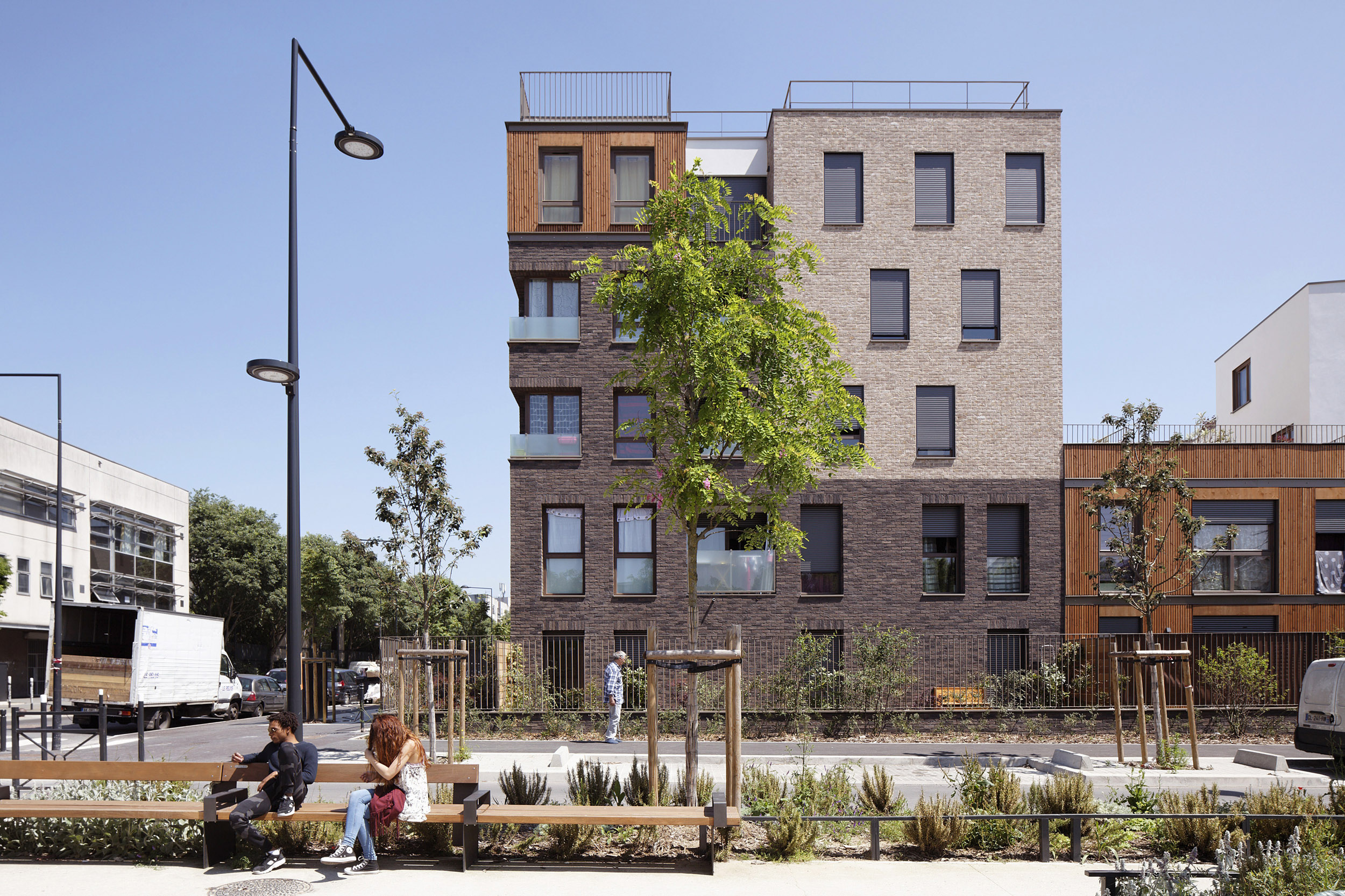 PATRICIA LEBOUCQ ARCHITECTE | LOGEMENTS SAINT-DENIS | Daniel MOULINET