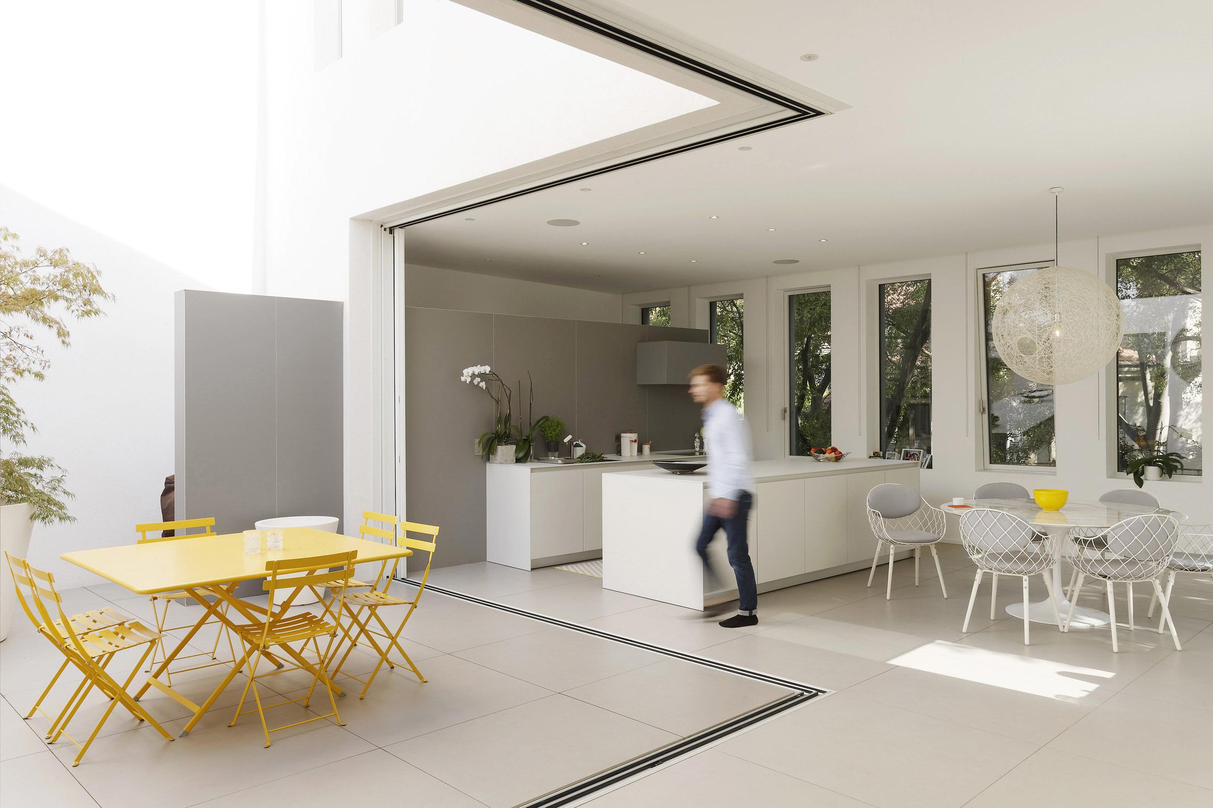 ROULLE OLIVEIRA ARCHITECTES | MAISON NIMES | Daniel MOULINET